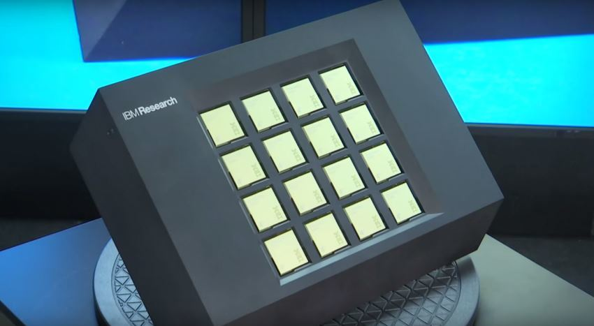 В США создан суперкомпьютер на основе чипа TrueNorth с энергопотреблением в 2.5 Вт - 1