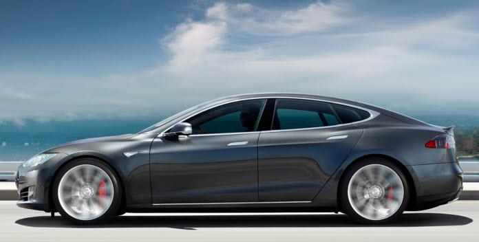 Более дорогая версия электромобиля Tesla Model S может быть представлена уже на следующей неделе