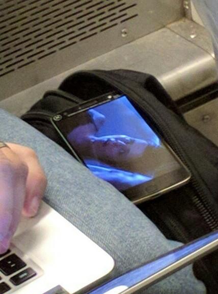 Новый смартфон Moto получит дактилоскоп