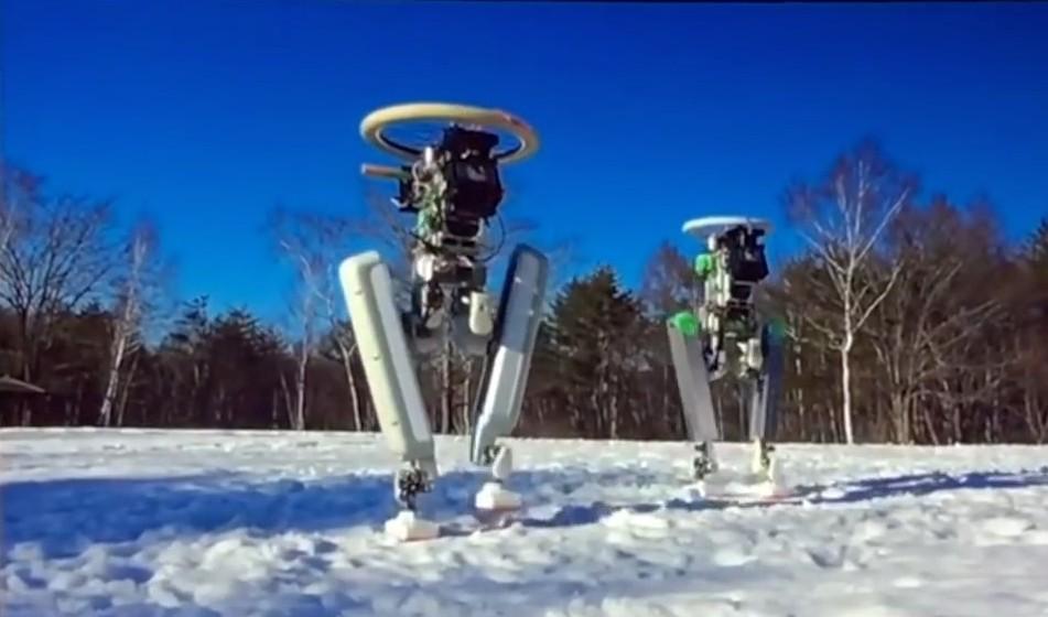 Двуногий робот Schaft носит тяжести по лестнице. Грузчикам пора искать новое занятие - 4