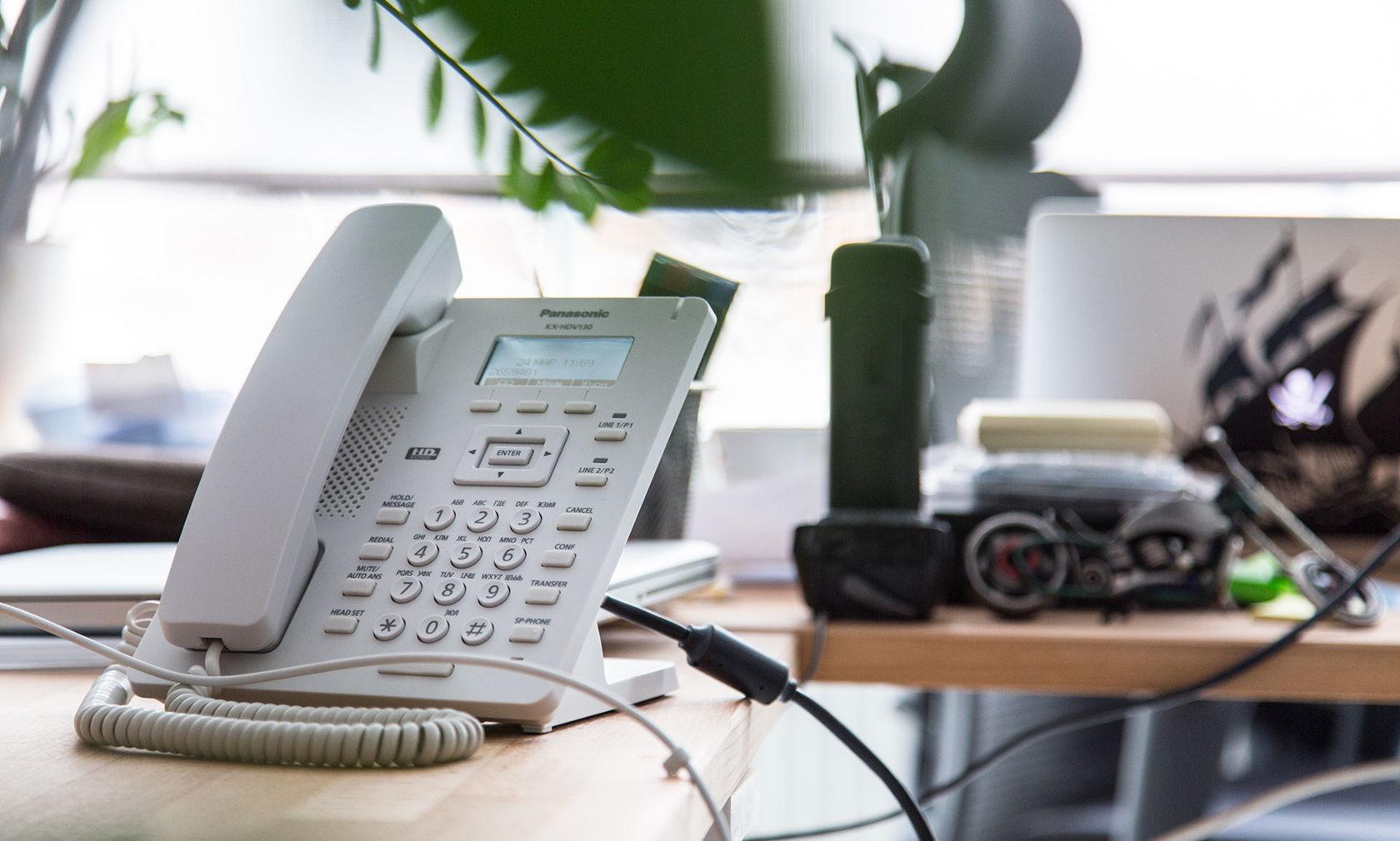 Проводной SIP-телефон Panasonic - 2