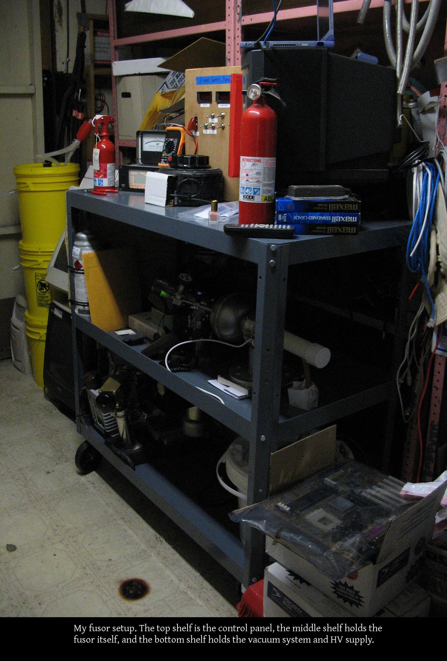 Старшеклассники собрали термоядерный реактор в гараже и ставят эксперименты - 3