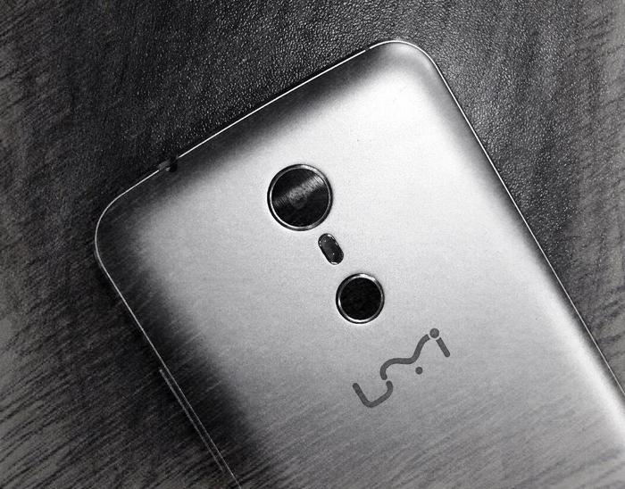 Смартфон Umi Super может получить сдвоенную камеру и безрамочный дизайн