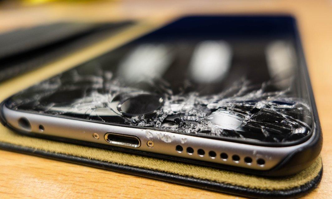 Apple ожидает, что iPhone будут менять каждые три года - 1