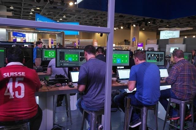 HoloLens, Xbox One Dev Mode и возможности для разработчиков с конференции --Build - 13
