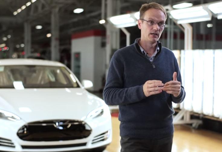 Ранее Крис Поррит работал в компании Aston Martin главным инженером
