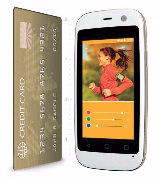 Создан смартфон размером с банковскую карту