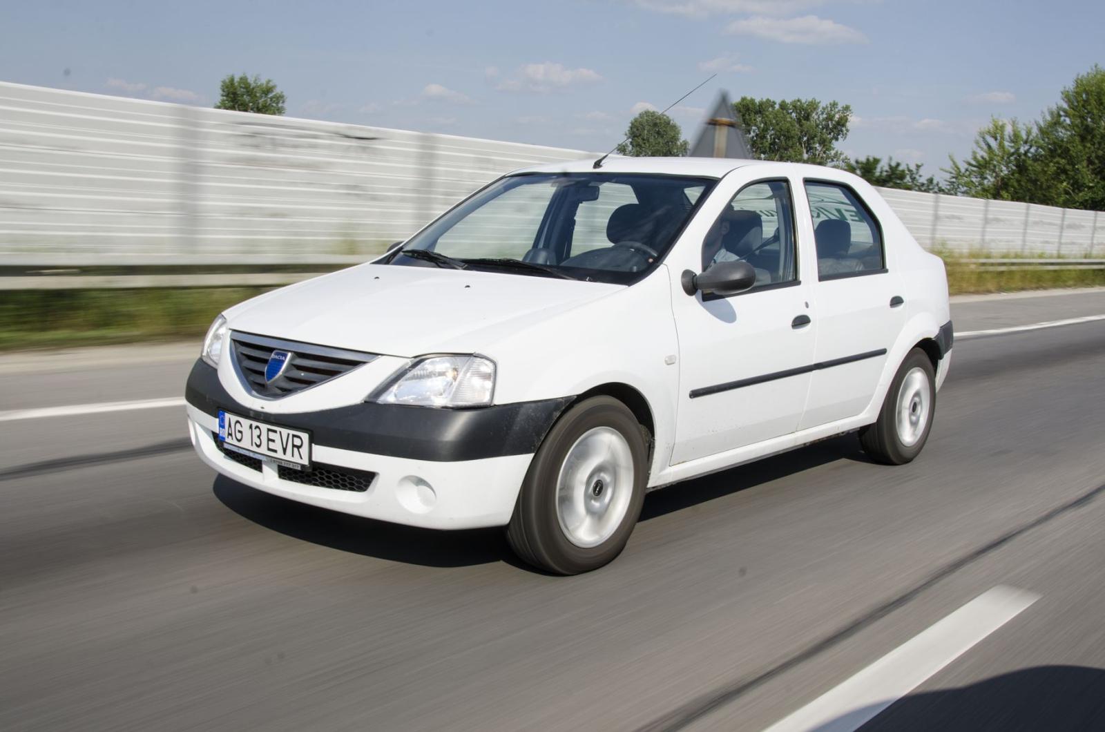 Умелец из Франции создал собственный электромобиль на базе Dacia Logan - 3