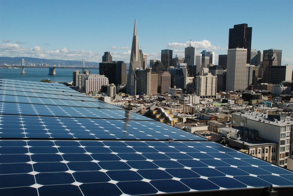 Все новые здания в Сан-Франциско высотой до 10 этажей будут оснащаться солнечными панелями - 1