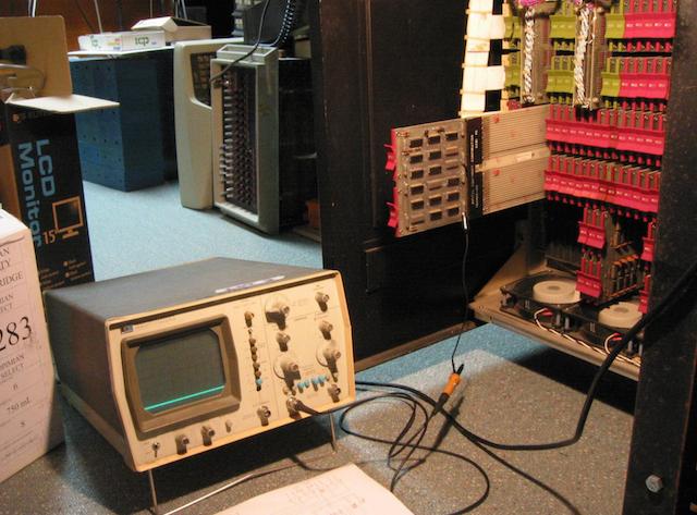 Мини-компьютеры компании DEC — семейство PDP - 15
