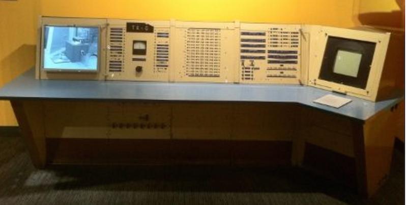Мини-компьютеры компании DEC — семейство PDP - 2