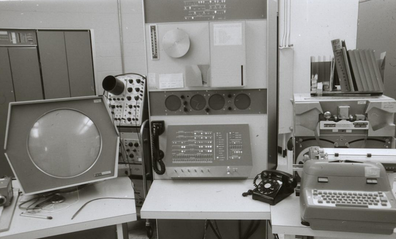 Мини-компьютеры компании DEC — семейство PDP - 6