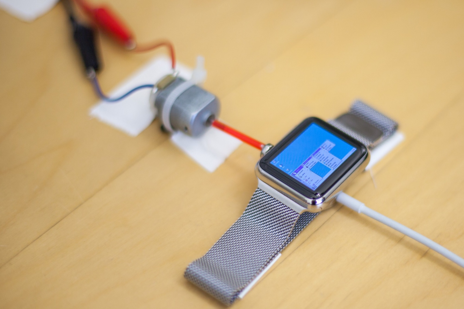 Windows 95 запустили на Apple Watch - 2