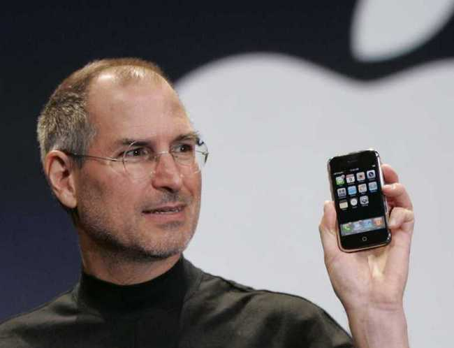 Смартфон iPhone возглавил перечень самых важных гаджетов в истории, по версии журнала Time