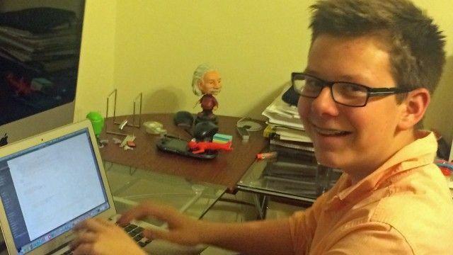 Подросток заработал $100 000 на биткоинах и занялся производством шлемов виртуальной реальности - 1
