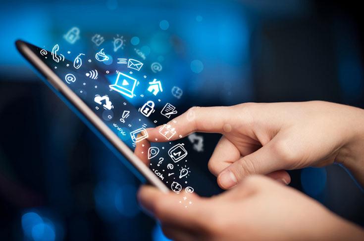 На приложения из каталога Apple App Store по итогам 2015 года приходится почти 58% прямого дохода