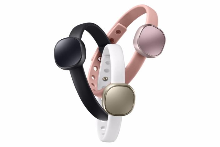 Представлены трекеры Samsung Charm