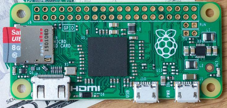 Разъем CSI на плате Raspberry Pi Zero на 3,5 мм уже аналогичного разъема на плате модели Raspberry Pi 3