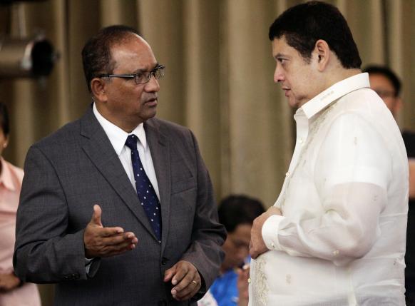 Филиппинские власти пытаются разобраться в ситуации