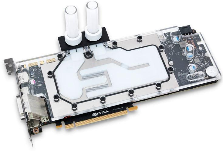 Водоблок отводит тепло от GPU, микросхем памяти и регуляторов напряжения в подсистеме питания