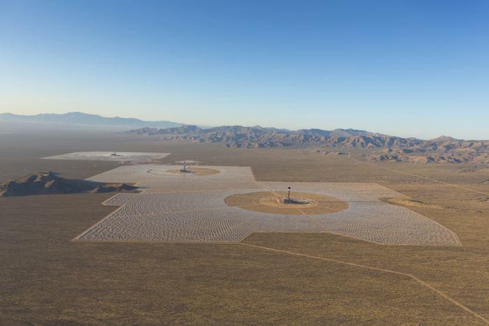 Неправильное позиционирование зеркал привело к пожару на крупнейшей термальной солнечной электростанции США - 9