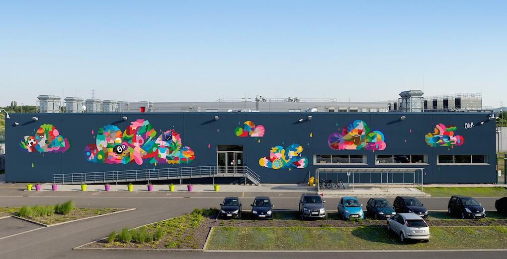 Google превращает свои дата центры в произведения искусства - 1