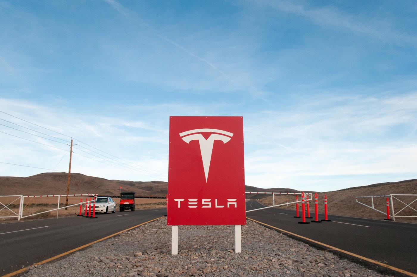 Гигафабрика Tesla открывается 29 июля - 2