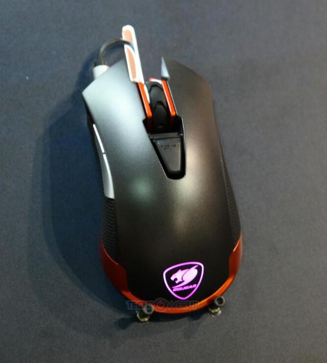 Модель Revenger возглавляет ассортимент мышей Cougar