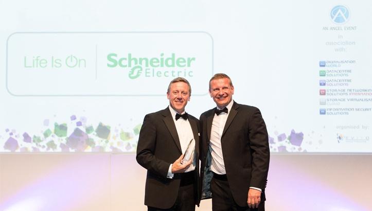 Schneider Electric получила премию DCS Awards за инновационные решения - 1