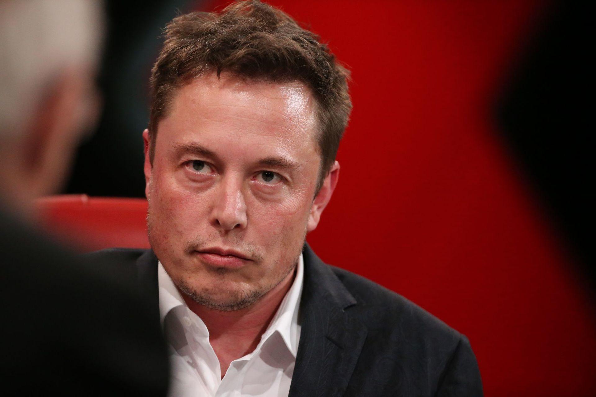 Илон Маск о симуляторе реальности, в котором мы живём, о политическом устройстве Марса и будущих автомобилях Apple - 4