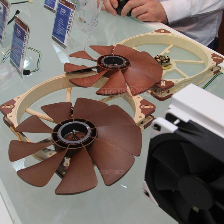 От своего предшественника новый прототип 200-миллиметрового вентилятора Noctua отличается материалом крыльчатки и более толстым валом