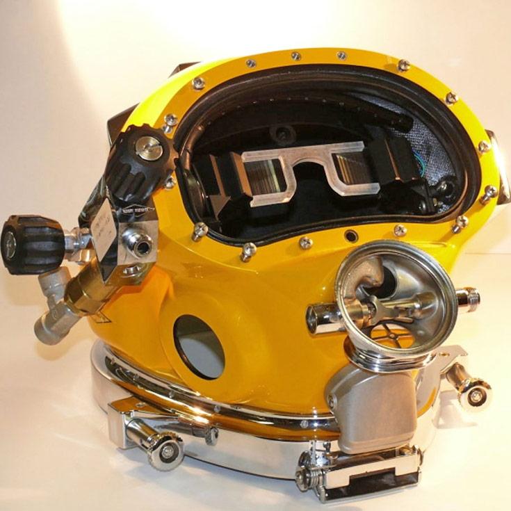 Прототип шлема с микродисплеями уже готов для тестирования