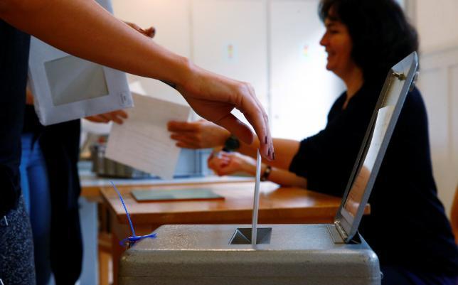 Консервативная Швейцария проголосовала против выплаты базового дохода - 3