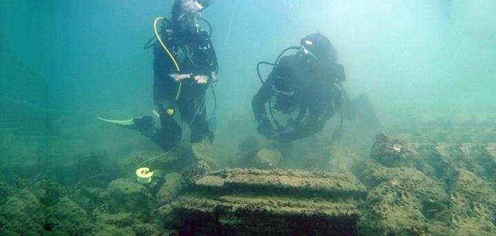 Затонувшая «Атлантида» у берегов острова Закинф была создана вовсе не людьми - 2