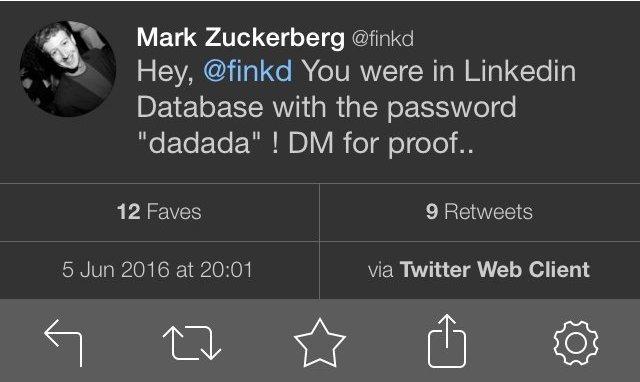 Хакеры взломали аккаунты Марка Цукерберга в соцсетях - 2