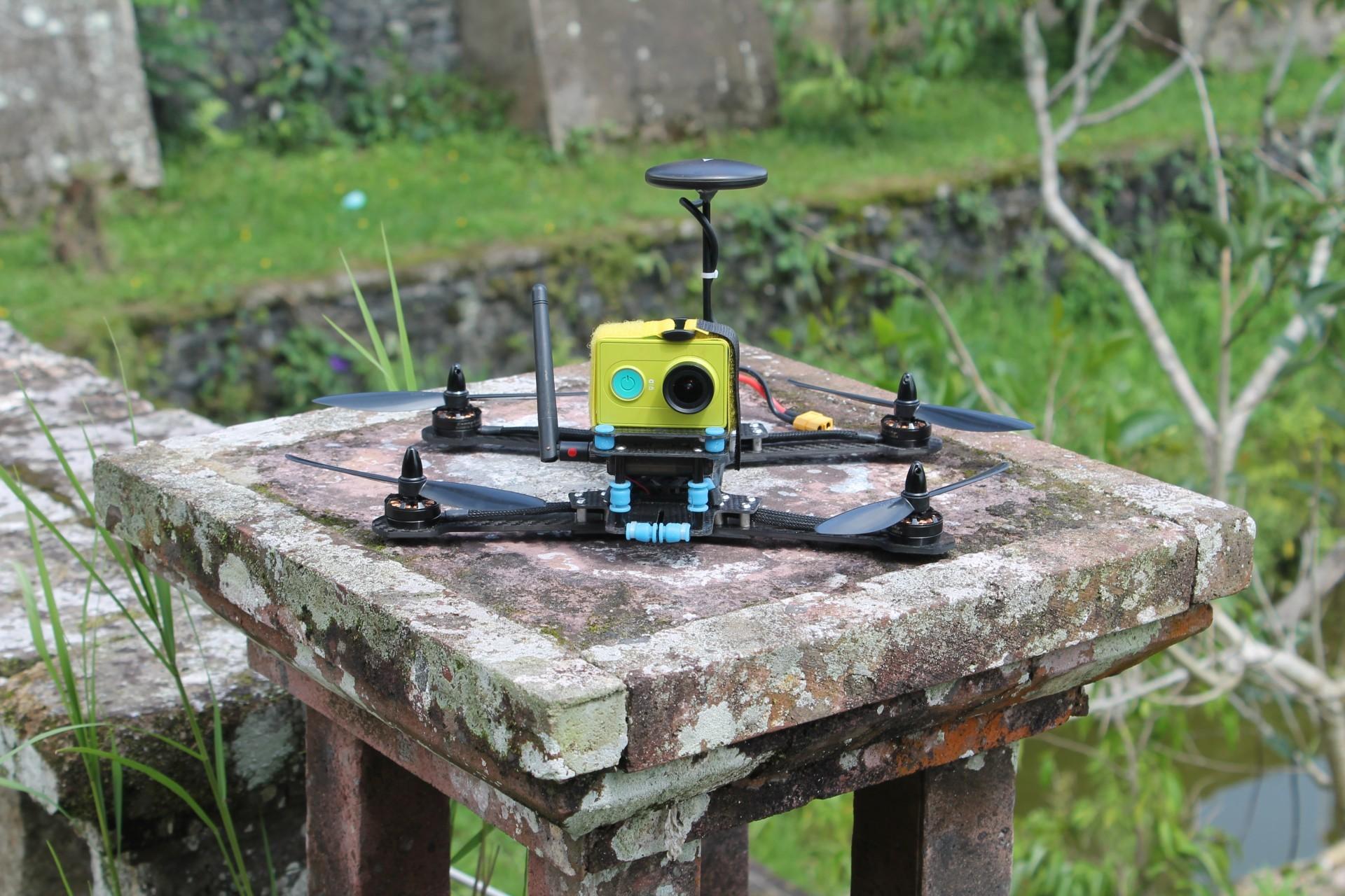 Автономный квадрокоптер 280мм для съемки с воздуха - 1