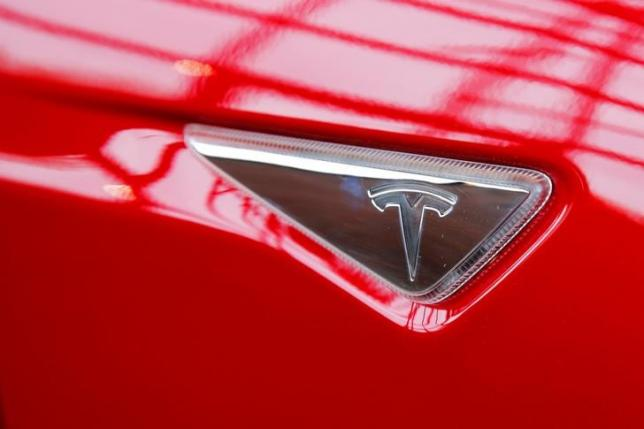 Электромобиль Tesla Model S будет предложен в более доступных вариантах