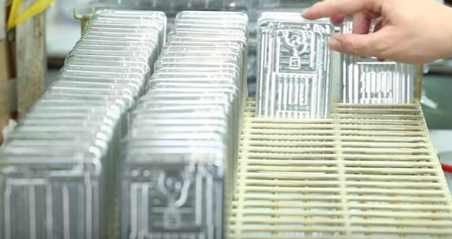 Смартфон UMi Super проходит через 125 этапов производства