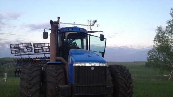 Беспилотный трактор испытали на полях России - 3