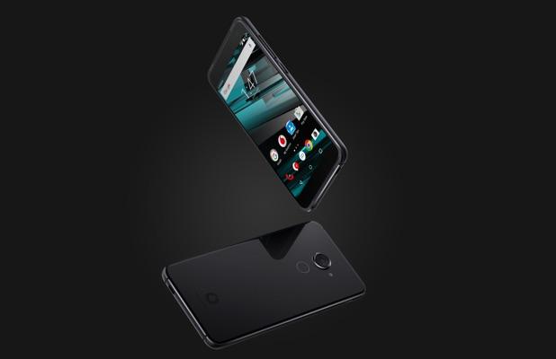 Vodafone отгрузила 85 млн устройств, представила смартфон Vodafone Smart Platinum 7 и гарнитуру VR