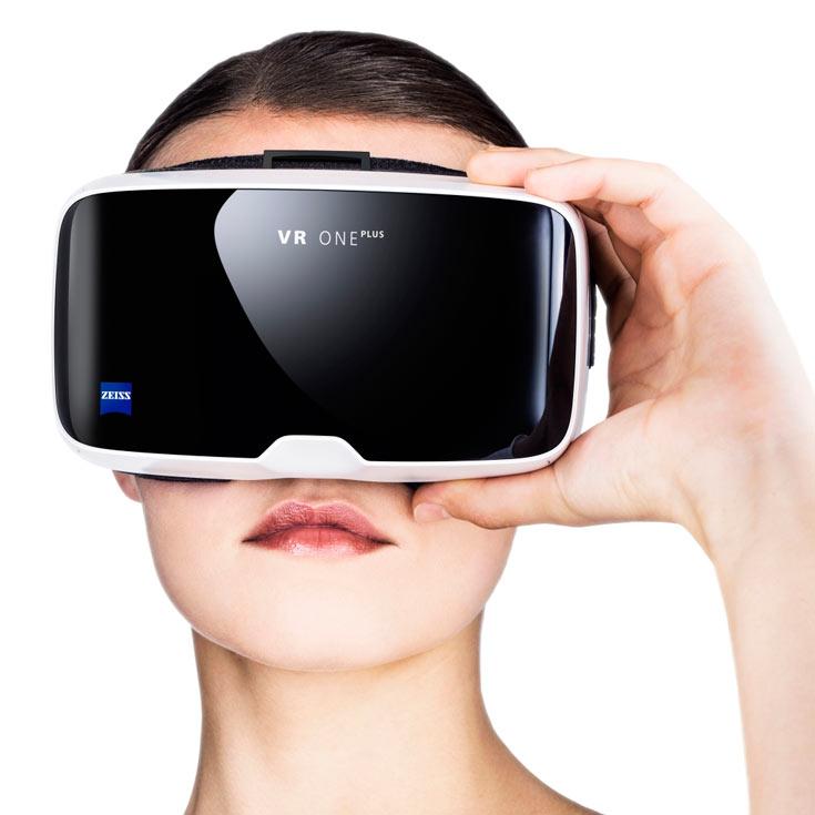 Продажи VR One Plus стартуют в августе