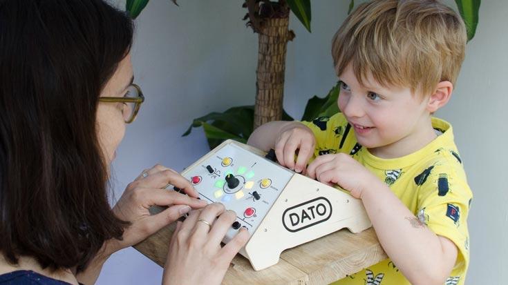 Собраны средства на выпуск синтезатора Dato Duo, предназначенного «для детей в возрасте от 3 до 99 лет» - 1