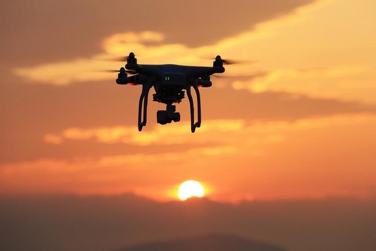 Коммерческие операторы дронов теперь могут обходиться без лицензии пилота
