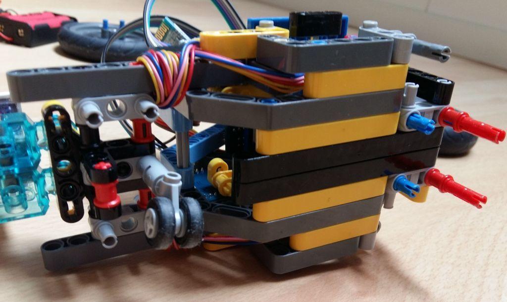 Женим Ардуино с Лего и строим первобота - 8