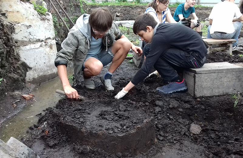 Новгородские археологи открыли неизвестное древнерусское ругательство - 5
