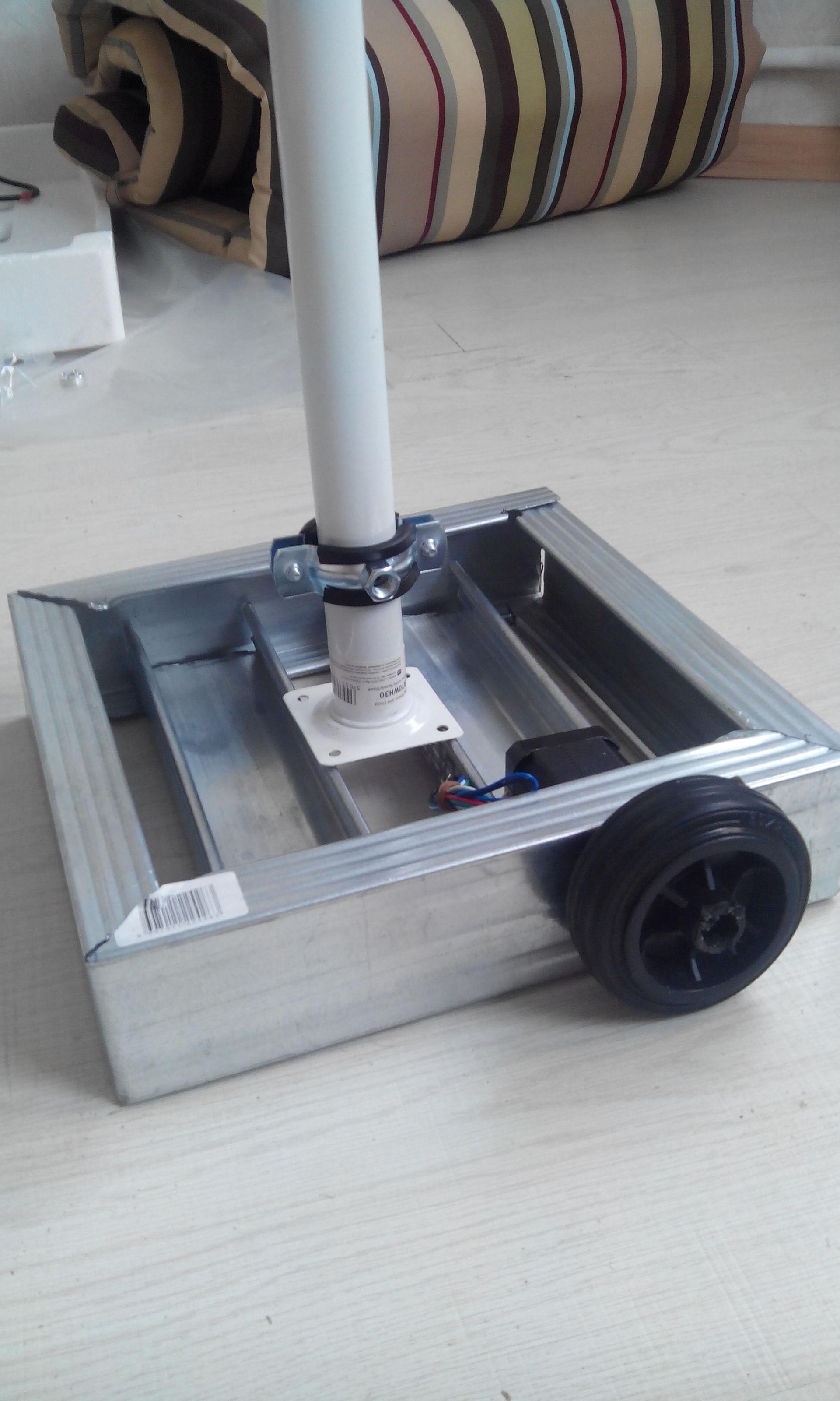 """""""Зарождение проекта. Часть 1.1. Как я собирал робота телеприсутствия на колесной базе."""" Технологии Endurance - 8"""