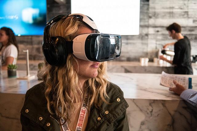 Виртуальная реальность vs Дополненная реальность - 1