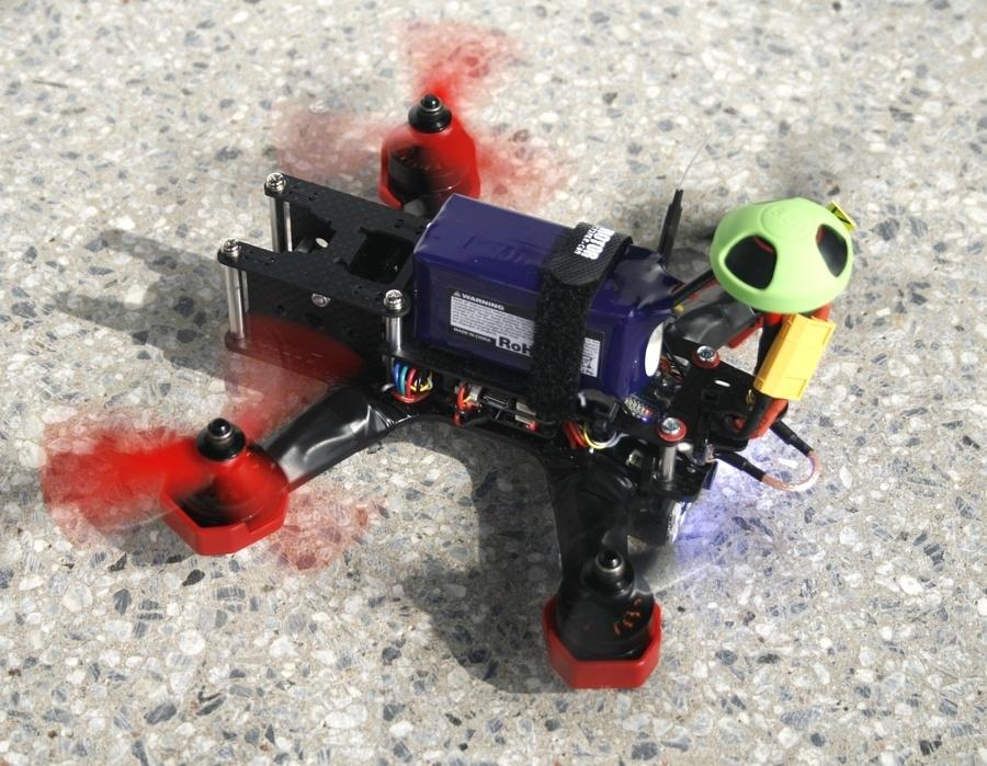 Гоночный FPV-дрон своими руками (часть 1) — сборка - 13