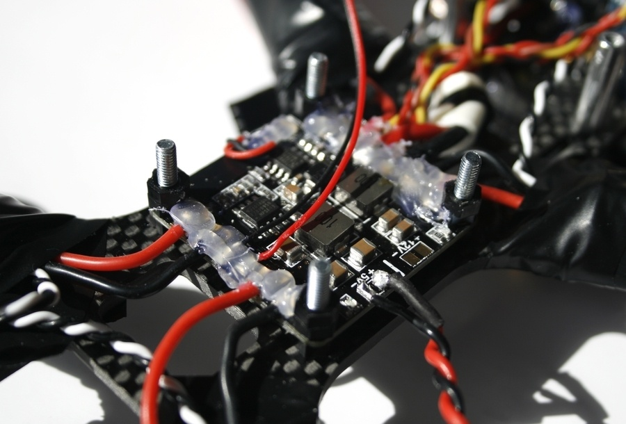 Гоночный FPV-дрон своими руками (часть 1) — сборка - 9