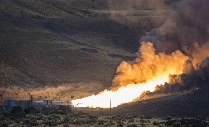NASA провела завершающее испытание бустера ракеты-носителя SLS